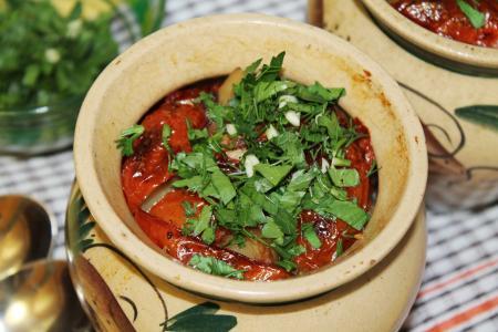 В горшочках с овощами готовим чанахи
